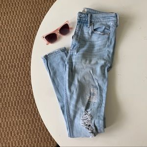 Abercrombie High Rise Light wash Distressed jeans